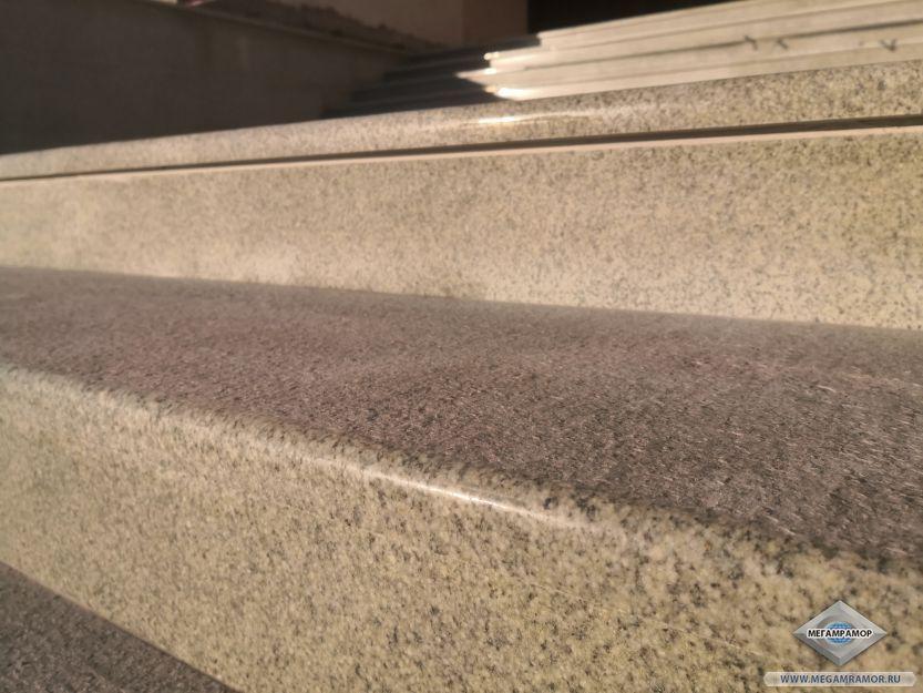 Почти невидимая стыковка гранитных плит